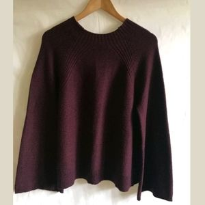 VINCE CAMUTO Womens Bell Sleeve Sweater M Burgundy